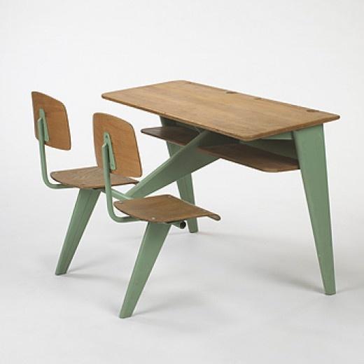 Schoolbureau met 2 stoelen